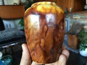 Vintage Ian Saul Ventnor Studio Pottery Vase - IOW - Stunning Glaze