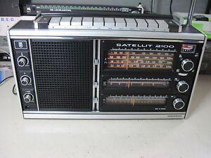 RADIO PORTATILE GRUNDING SATELLIT 2100 VINTAGE  da Revisionare