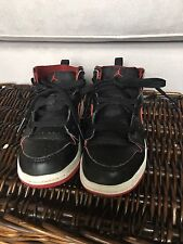 Air Jordan Retro 1 Mid Black/Gym Red Boys Size 9c
