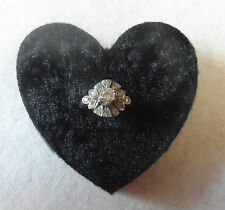 RING DISPLAY - BLACK HEART SHAPE HOLDS UP TO 3 RINGS - QTY:10. 6CM HEART