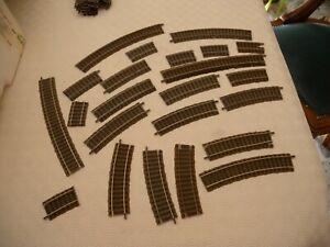24  binari  curvi   Fleischmann per  impianto  scala HO