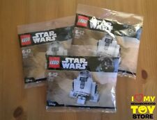 """RETIRED - LEGO 30611 POLYBAG STAR WARS™ R2-D2™ """"STAR WARS DAY"""" (2017) - NEW"""