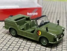 Destartalado trabant Noir 6 cabezas multicolor coche modelo RDA metal 12 CM nuevo