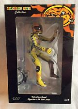 Minichamps 1.12 Scale V- Rossi Figure MOTOGP 500 year 2001.