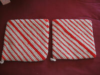 New 2 Matching Hand Crocheted Pot Holder Hot Pads Multi Red Tan Stripes Thick