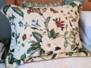 "WAVERLY WILLIAMSBURG MAGNOLIAS GARDEN FLORAL EURO SHAM PILLOW 32X26"" EUC FREESH"