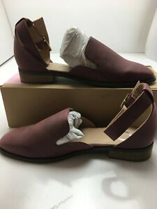 Journee Womens Closed Low Heel Shoes Color: Burgandy Size: 8.5M