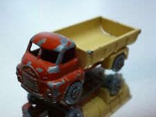 LESNEY MATCHBOX 40 BEDFORD 7 TON TIPPER - RED + CREAM - GOOD CONDITION