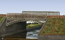 Wills SS26 Victorian Cast Iron type Bridge Plastic Kit OO Gauge