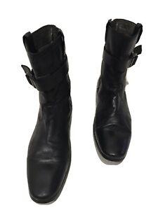 Designer BURBERRY Black Leather Boots. size 42.