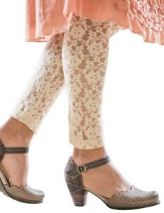 Victorian Trading Co Rachelle Ivory Floral Lace Leggings LG