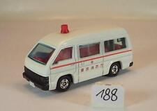 Tomy Tomica 1/66 Nr. 3 Toyota Hiace Commuter Ambulance weiß #188