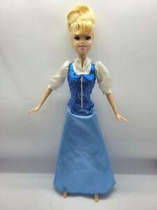 Disney Mattel Princess Cinderella barbie doll 1999 stamp nice condition 💖💖💎💎