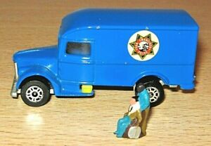 Corgi IRONSIDE Truck & FIGURES - vgc