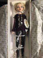 Ellowyne Wilde Imagination Tonner  Dark Days Dressed Doll