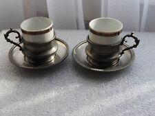 ancienne dînette en étain PELTRO 95% + porcelaine 2 tasses à café moka soucoupes