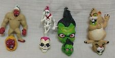 Fabulous Vintage Goosebumps Finger Rings & Keyrings Set, yeti, shrunken head +++