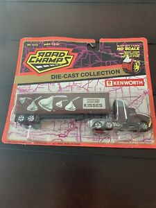 NEW Road Champs Kenworth Hersheys Semi Tractor Trailer Delivery Truck Free Ship