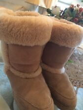 CLOUD NINE TALL SHEEPSKIN SHERPA BOOTS TAN SUEDE HARD SOLES SIZE 7