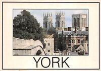 B86925 city walls minster york uk
