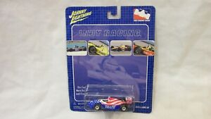 NEW INDY RACING 2002 JOHNNY LIGHTNING #2 HELIO CASTRONEVES 1/64 DIE CAST CAR