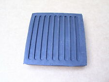 LAND ROVER DEFENDER PEDAL PAD BRAKE & CLUTCH PEDAL PAD - 61K738 - NEW