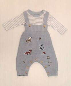 EX HIGHSTREET Baby Boy 2 Piece Dungaree Set Animal Embroidery Size Tiny-9mths BN