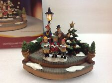 Holiday Time Decor Lighted Lamp Post With Carolers 2005 Victorian Collection