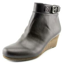 Flat (0 to 1/2 in.) Solid Riding, Equestrian Boots for Women