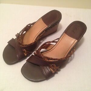 Colorado Women's Leather Wedge Sandal - Size 7