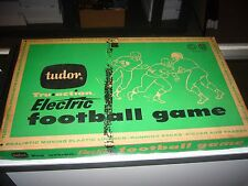1950'S TUDOR TRU ACTION ELECTRIC FOOTBALL WITH ALL PARTS NICE