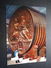 CPM Champagne Mercier Épernay Le plus gros tonneau du monde foudres de 200000 b