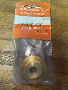 vintage Ambassdeur Main and pinion Gears for model XL 4,5,6 Part number 975578