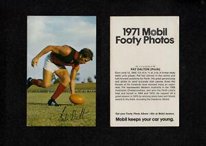 "3722) 1971 MOBIL FOOTY PHOTOS W.A.F.L SERIES ""PAT DALTON"" (PERTH) No 1"