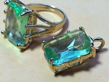 ANTIQUE  18KT GE RING AND PENDANT WITH GREEN CRYSTALS SIZE 7.75