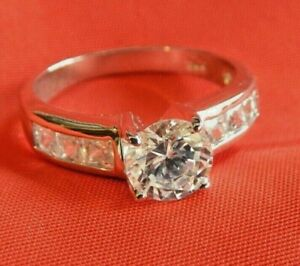 Round Cubic Zirconia 925 Silver Ladies Solitaire Ring Size 9.5 NEW