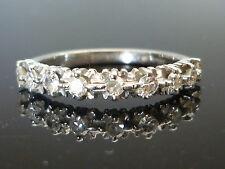 Stunning 18ct White gold 9 diamond half eternity 0.36ct diamond ring Fe8
