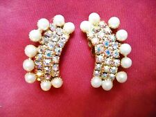 FAUX PEARL/RHINESTONE CLUSTER CURVED HUGGIE CLIP-ONS