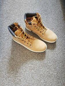 Timberland Boots Size Uk 3.5