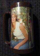 "1977 FARRAH FAWCETT 6.5"" Cup Mug FN 6.0 Charlies Angels 3/4 Figure Thermo-Serv"