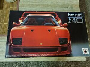 1/24 Fujimi Ferrari F40 model kit