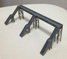 Outland Models Train Railway Overhead Footbridge (3 Entrances) Z / N Scale