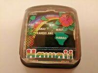 "Collectible HAWAII HAWAIIAN ISLANDS SOUVENIR Plastic Paperweight 2.5""x2.5""x1.5"""
