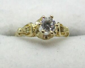 Lovely 9 carat SMALL Finger Size Cubic Zirconia Solitaire Ring Size F.1/2