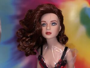 "TONNER 10"" Simone Rouge  Doll MIB ""Ooh, La, La""  Basic Gorgeous Box Stand"