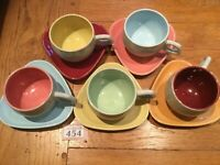 MID CENTURY POTTERY TWINTONE CUPS & SAUCERS X 5 Multi Coloured Triangle Saucers