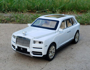 Rolls Royce Car Model Cullinan 1:/24 Diecast Alloy Sound&light Pull Back Toy
