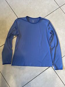 Patagonia Womens MED BLUE Polyester light Weight L/S Capilene Base Layer Shirt