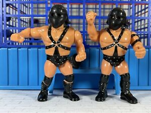 WWF Hasbro Demolition Crush & Smash w/ Helmets!🔥MINT🔥Action Works!!