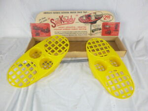 Pr Vtg 60s SnaKaddy Snack Caddy Stand Tray on Stake Yellow Plastic In Orig Box